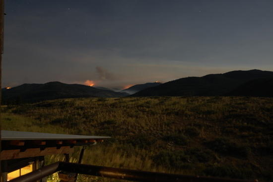 tripod and spur peak fires about midnight (time exposure)