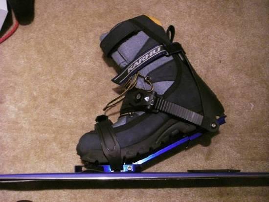 Karhu Meta with boot