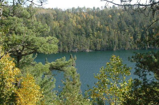 054 Emerald Lake