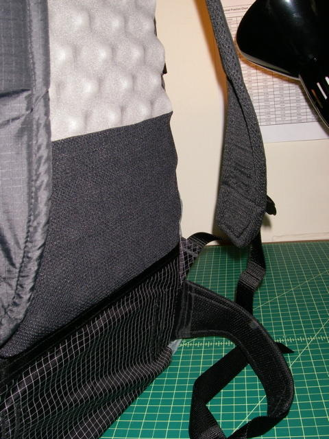 Shoulder straps and wast belt, 3-D mesh