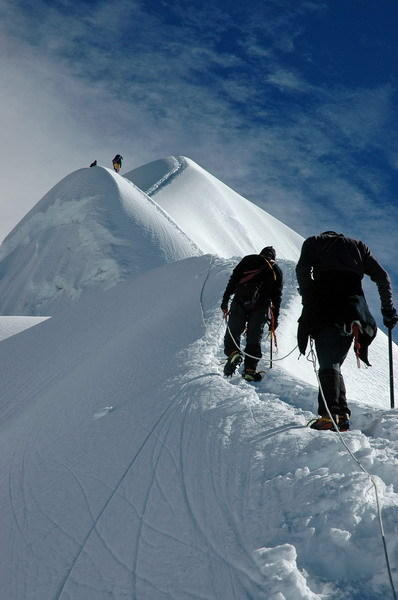 Imja Tse ridge top