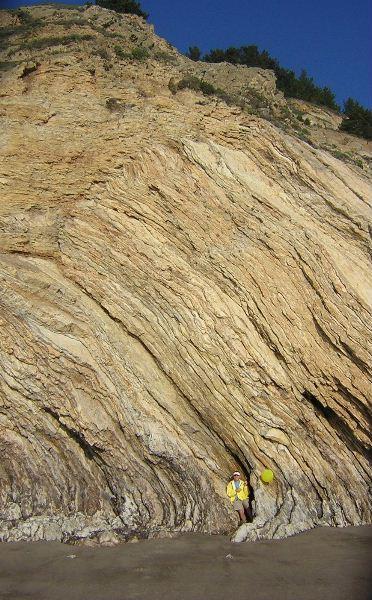 Cliffs north of Wildcat Camp.