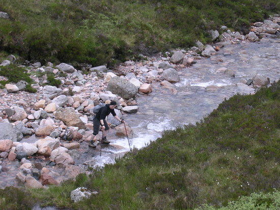 River crossing, aproaching carn mor gearg