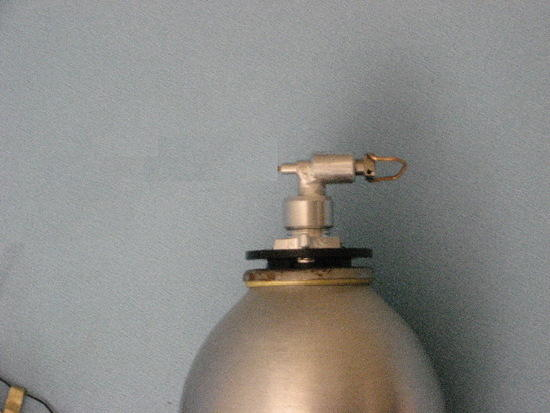 adaptor and valve on canister
