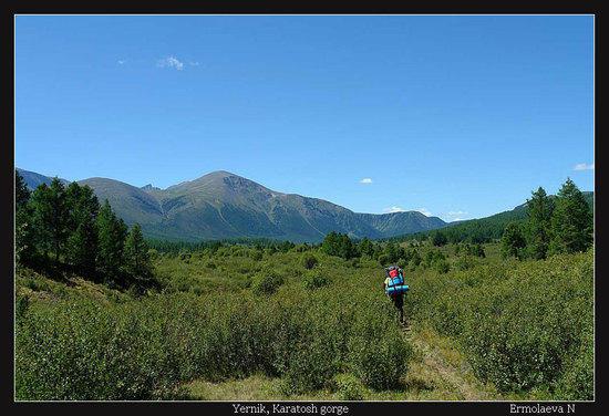 Hiking to Posarym lake