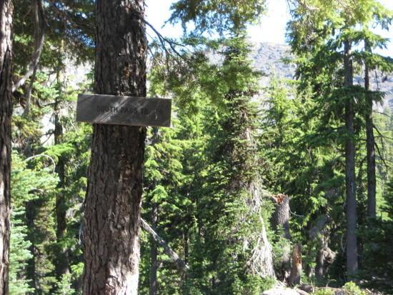 South Pass Lake Trail