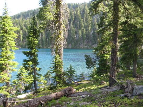 Climbing away from Lake Harriette