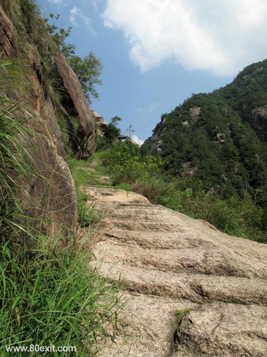 Huihang Ancient Trail Hiking Tour