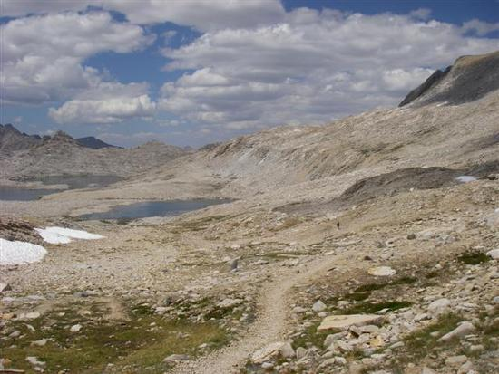 1:38 pm – Just below Muir Pass, looking north at the trail and basin.