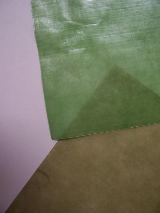 light green / dark green cuben