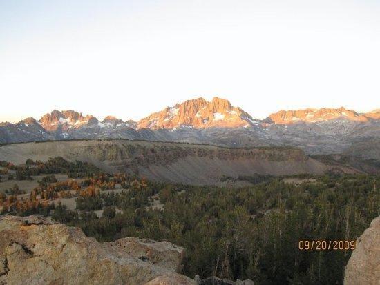 View from Peak beside Carsons Peak back toward Ritter, Banner, Minarets