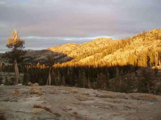 Alpenglow above Camp at Piute Lake
