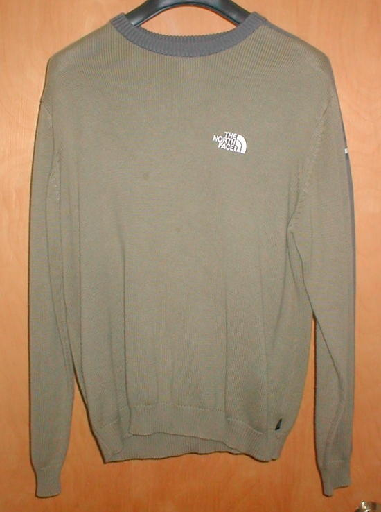 Northface casual sweater $15