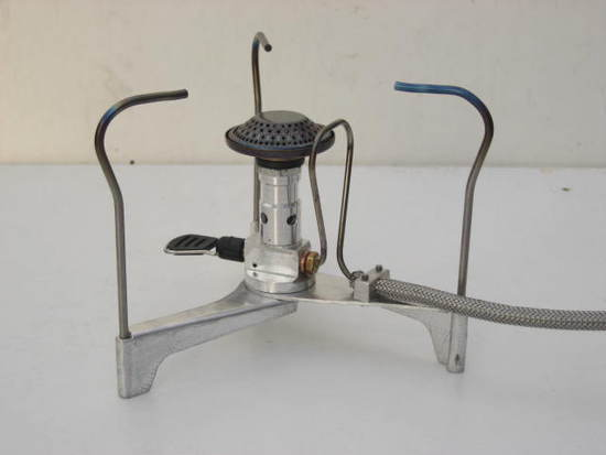 F1 remote canister stove