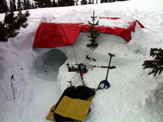 Snow pit palace