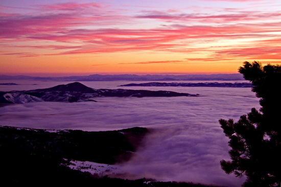 sunset over Divcibare range