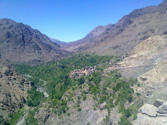 Agoundis valley