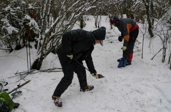 digging snow