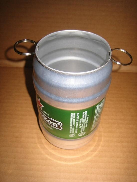 Heineken can with key ring bails