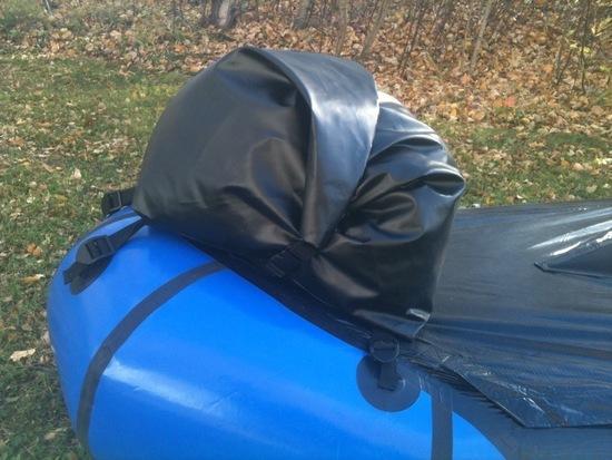 Packraft bow bag 1