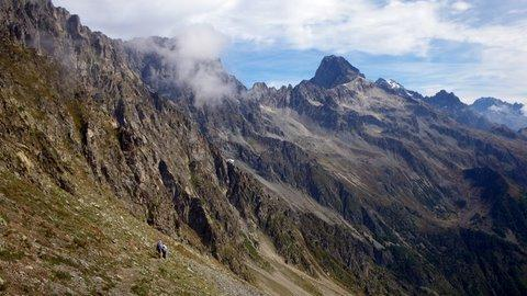 descent to Chapelle 1