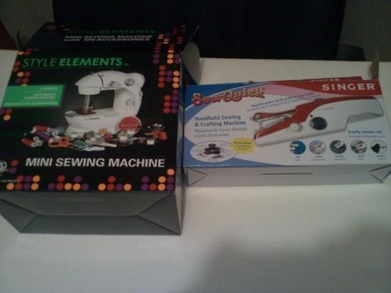 Style Elements mini sewing machine