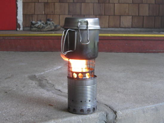 Homemade soup can wood stove