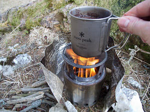 Boil the coffee slowly on the cooker: