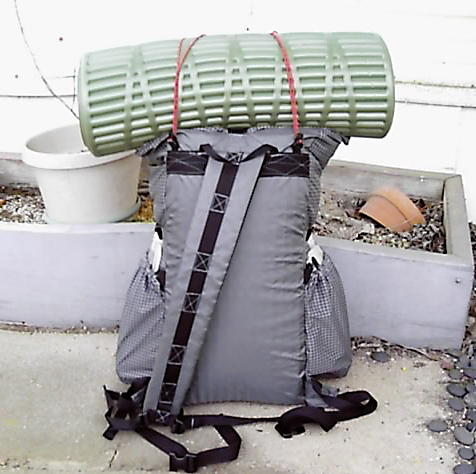sling pack with ridge rest pad