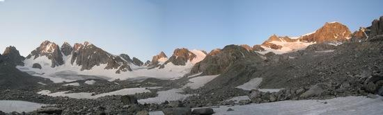 dawn on Gannet Peak