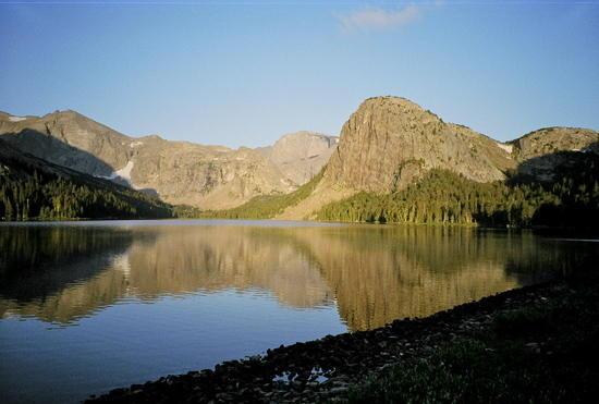 dawn Grave Lake