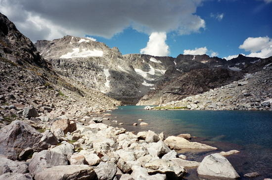 middle alpine lake