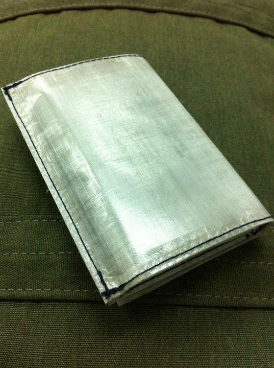 cardholder01