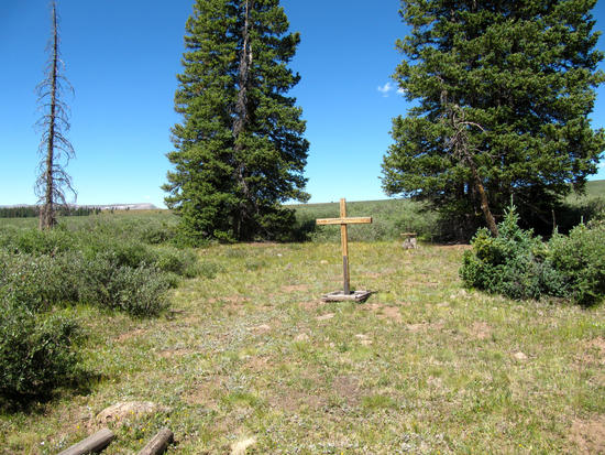 Graves (of sheepherders?) on Jarosa Mesa