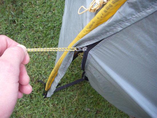 zip pull wrong way