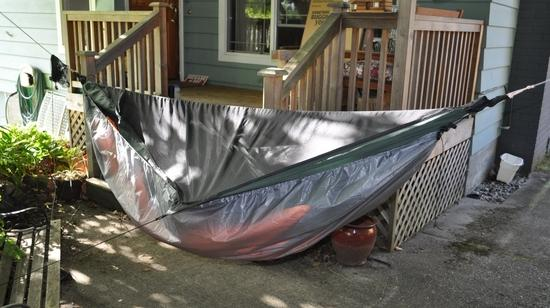 Hoodless poncho as an undercover on a Hennessy Expedition hammock