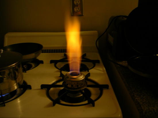 Pinch of salt added to alcohol stove for visible flame