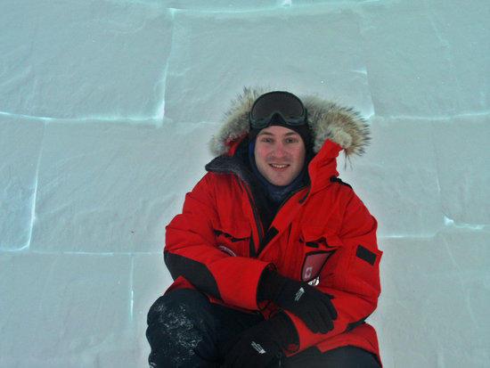 me inside an iglu