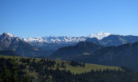 Looking south from Tetes des Fieux to Mont Blanc