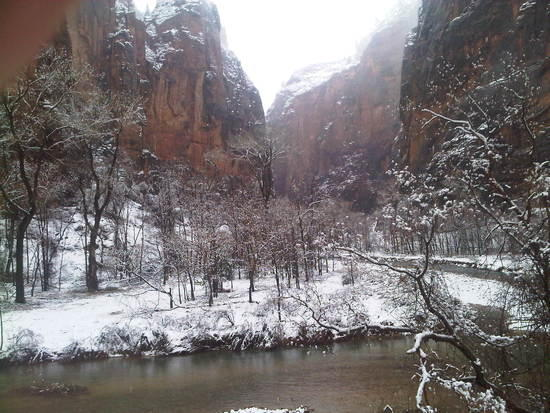 Zion Narrows in Winter