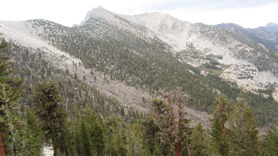 Climbing to Gardiner pass