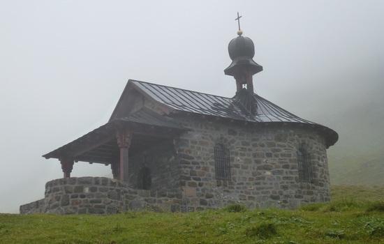 Church on Klausenpass