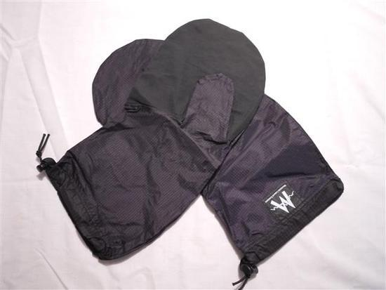 MLD Rain Mitts, large. 15.00