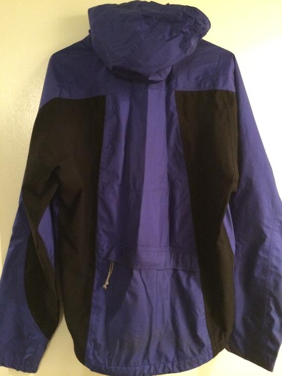 Patagoni rain jacket back