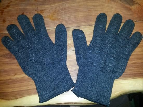 used defeet gloves