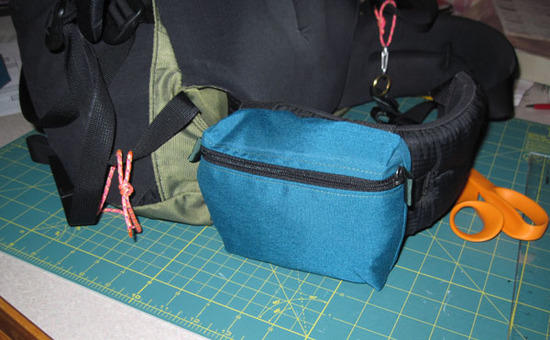 belt pouch -front view