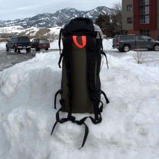 ski-pack-back