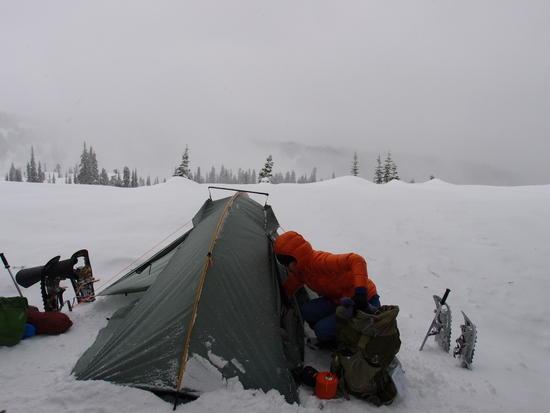 tent snow