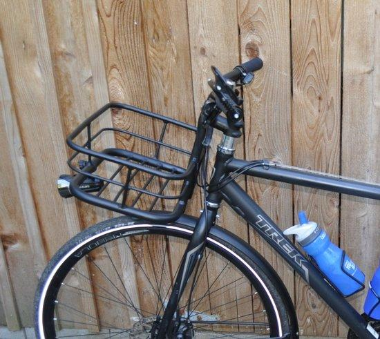 Origin8 handlebar/basket on a Trek PDX