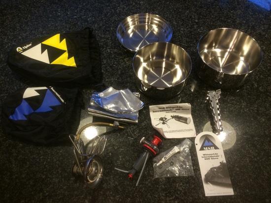 FS MSR whisperlite International stove with mess kit